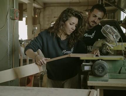 Sandra Cervera intentará hacer una guitarra BROS en el programa de televisión