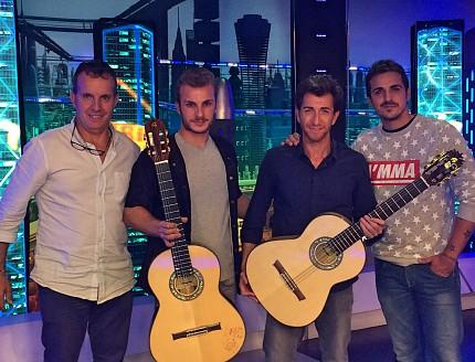 Se cumplen 8 años haciendo las guitarras Oficiales de El Hormiguero !