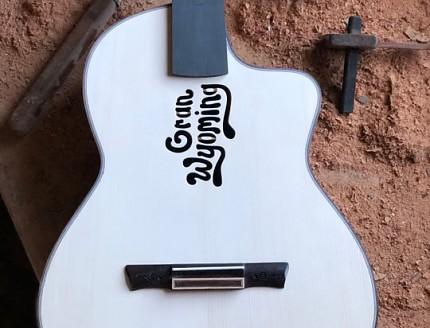 Guitarra personalizada para